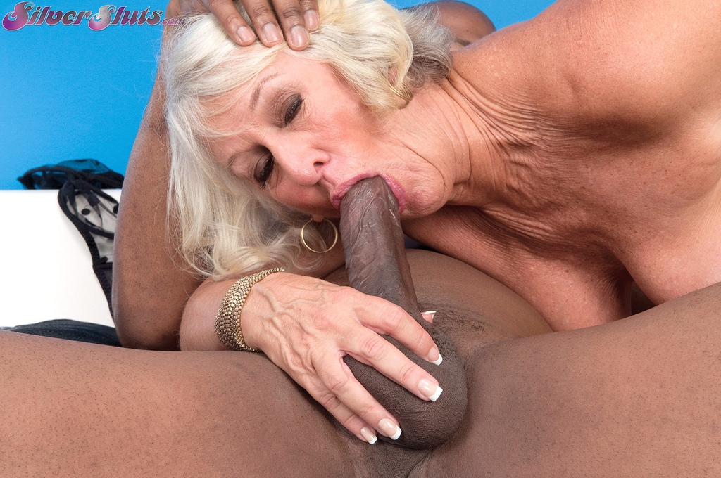 Light Haired Granny Wants To Fuck In Her Ages Too