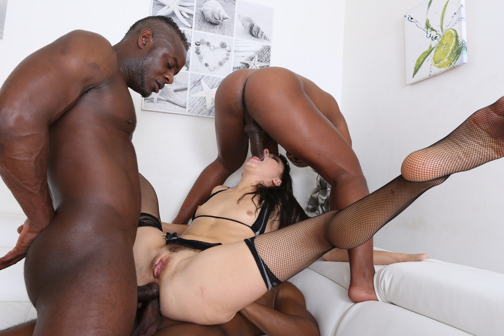 Bbc makes tiny hotwife cry with leg shaking, screaming orgasm
