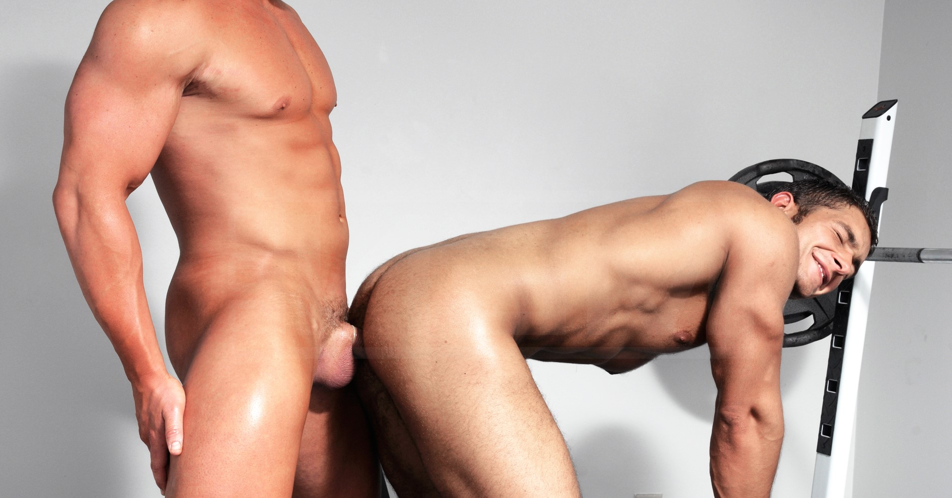 Nude Muscle Gay