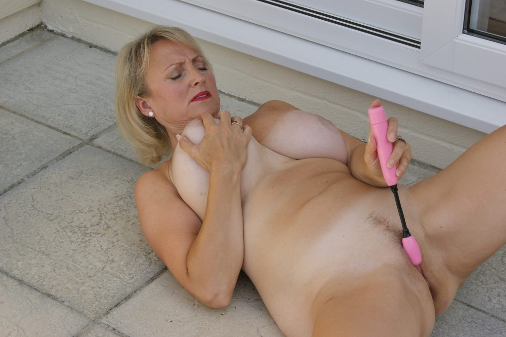 Dildo In Vagina During Anal Sex